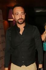 Βασίλης Σταθοκωστόπουλος: Με μελαχρινή καλλονή σε βραδινή του έξοδο
