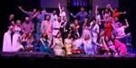 Η Δέσποινα Βανδή και θίασος του Mamma Mia στο stage του Rising Star!