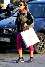 Paparazzi! Η Ελεονώρα Μελέτη στη Γλυφάδα για shopping therapy!