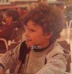 Ποιος Έλληνας ηθοποιός είναι το παιδί της φωτογραφίας;