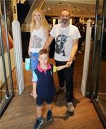 Γρηγόρης Γκουντάρας: Έτσι τον υποδέχθηκαν οι γιοι του στο σπίτι τους επιστρέφοντας από το πλατό της Ελένης Μενεγάκη
