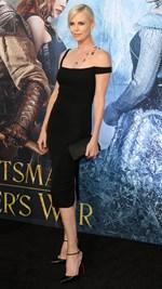 Η Charlize Theron που ξέρουμε, επέστρεψε! Έχασε τα περιττά κιλά που πήρε για τη νέα της ταινία