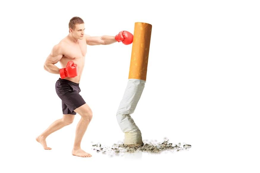 Κάνεις γυμναστική και καπνίζεις; Αυτές είναι οι συνέπειες που θα έχεις στην υγεία σου
