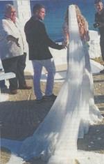 Γάμος χλιδής στη Μύκονο! - Φωτογραφίες