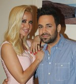 Γιώργος Γιαννιάς: Η τρυφερή φωτογραφία με την εγκυμονούσα σύζυγό του!