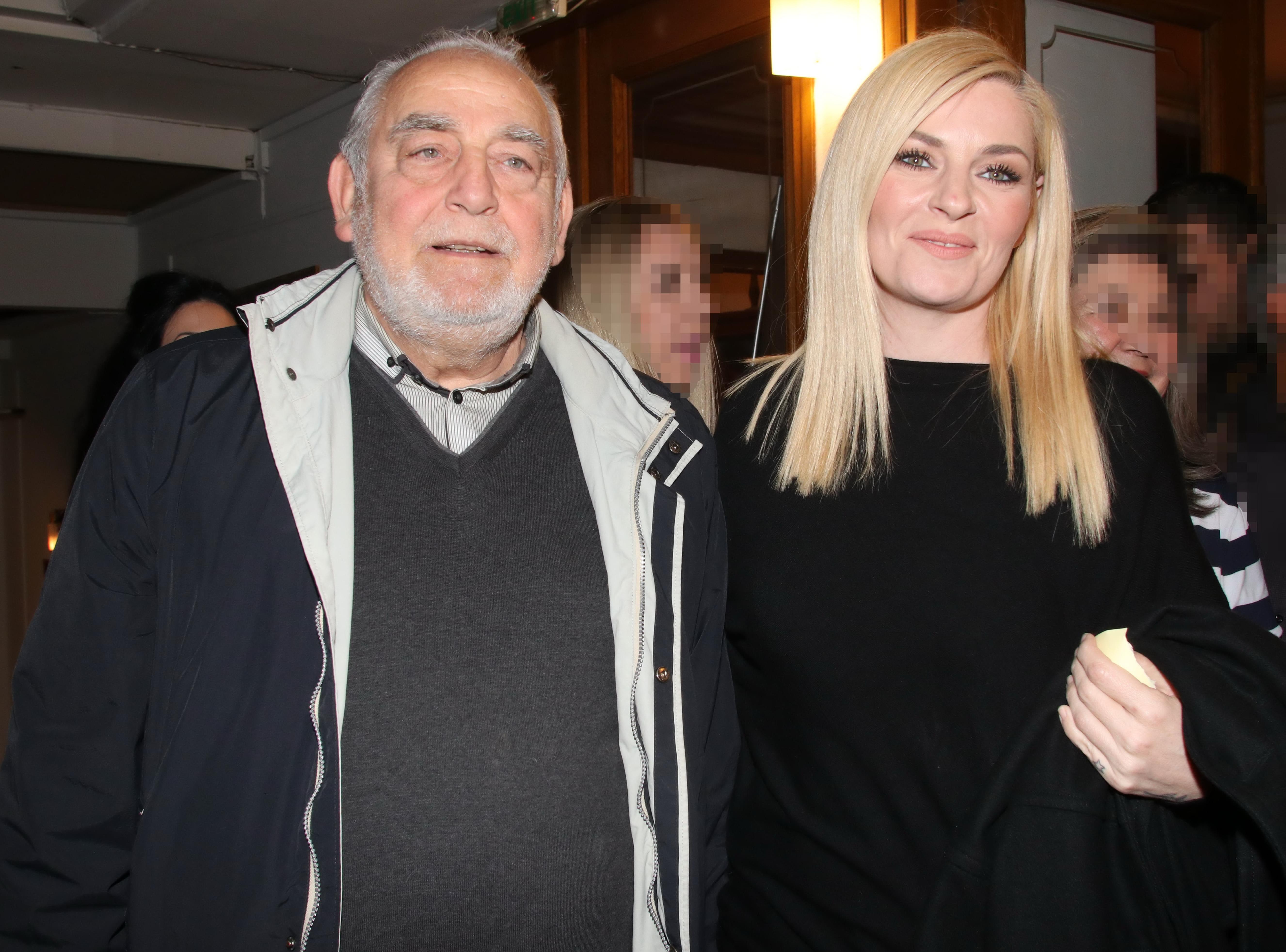 Η Ελισαβετ Μουταφη με τον πατερα της