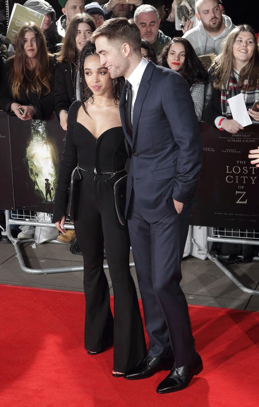 Ο Robert Pattinson και η FΚΑ Twigs