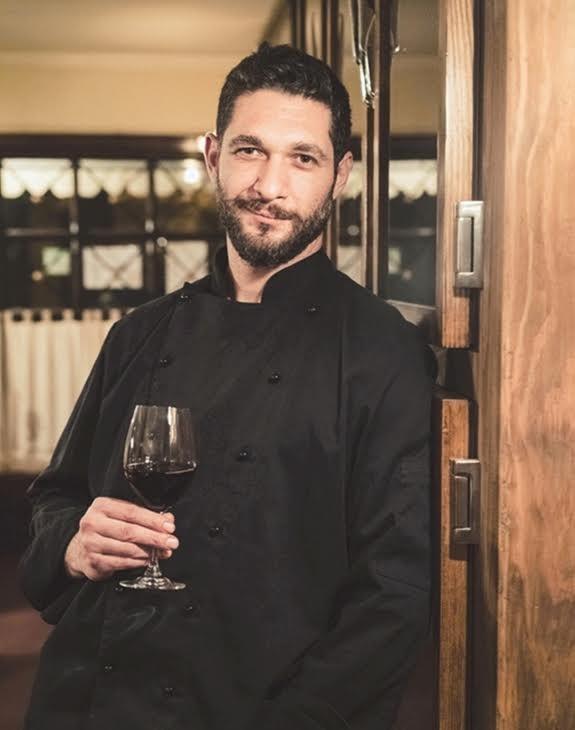 Ο Πάνος Ιωαννίδης στην επίσημη φωτογράφηση του Master Chef