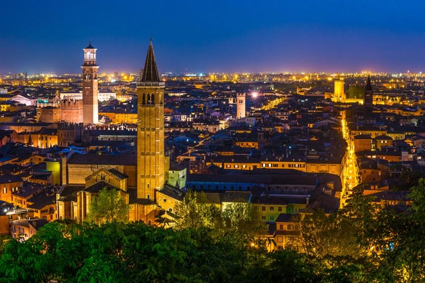 Γενική θέα της Βερόνας της Ιταλίας